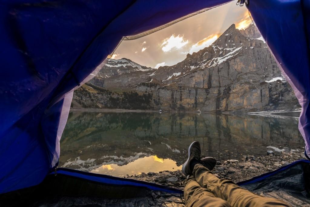 aufblasbares Zelt schnell aufbauen