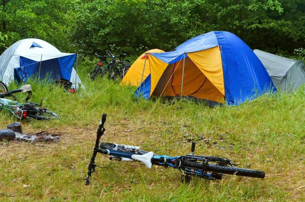 regenfestes Zelt