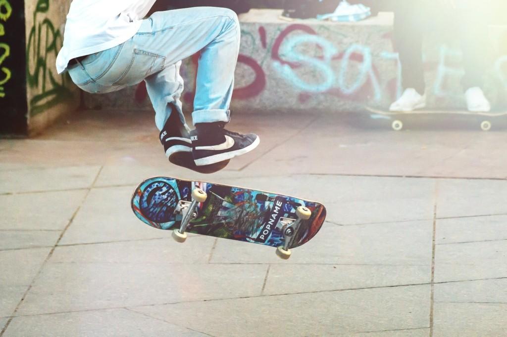 Skateboard Tricks Stunts Sport