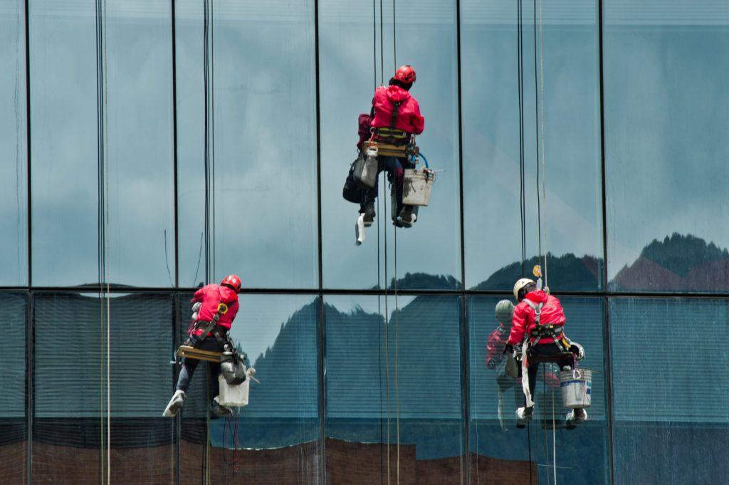 Fensterputzer elektrisch Service Reinigung