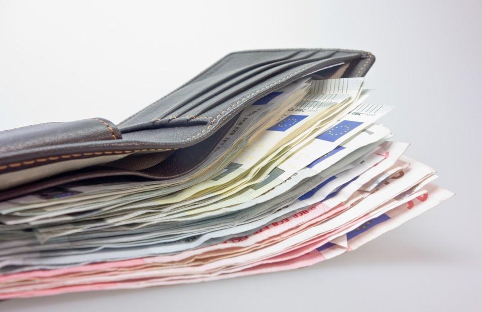 Aus der Geldbörse können schnelle mal Geldscheine gestohlen werden