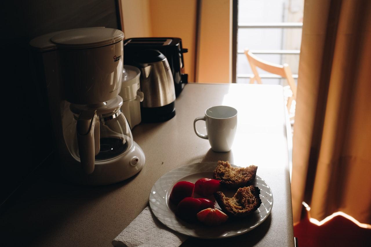 Für eine Kaffeemaschine mit Thermoskanne muss man nicht viel Geld ausgeben.