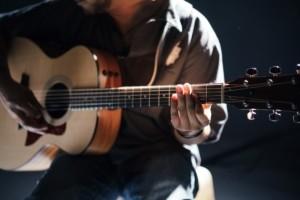 Westerngitarre Western-E-Gitarre semi-akustisch