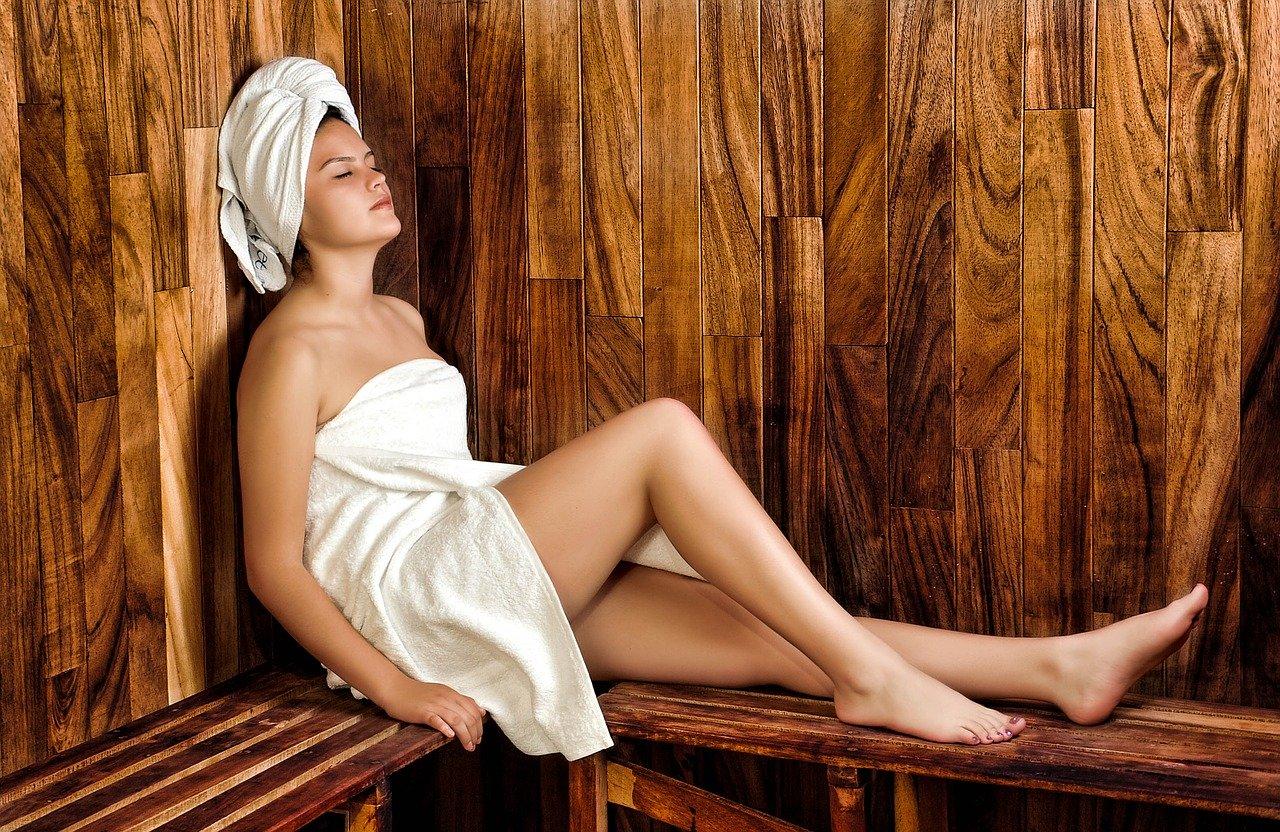 Das richtige Saunaöl sorgt für körperliches Wohlbefinden.