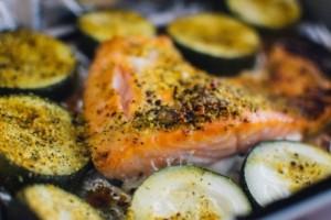 Fischpfanne im Ofen oder auf dem Herd