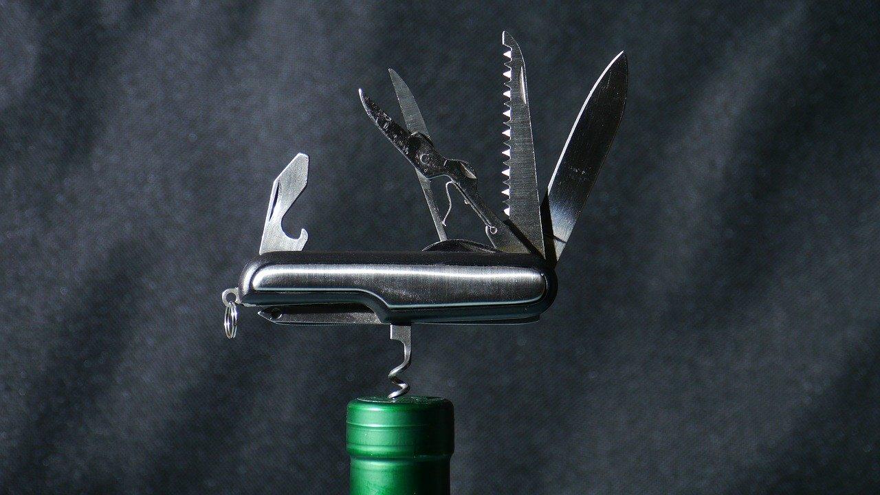 Viele Taschenmesser sind ebenfalls mit einem Korkenzieher ausgestattet.