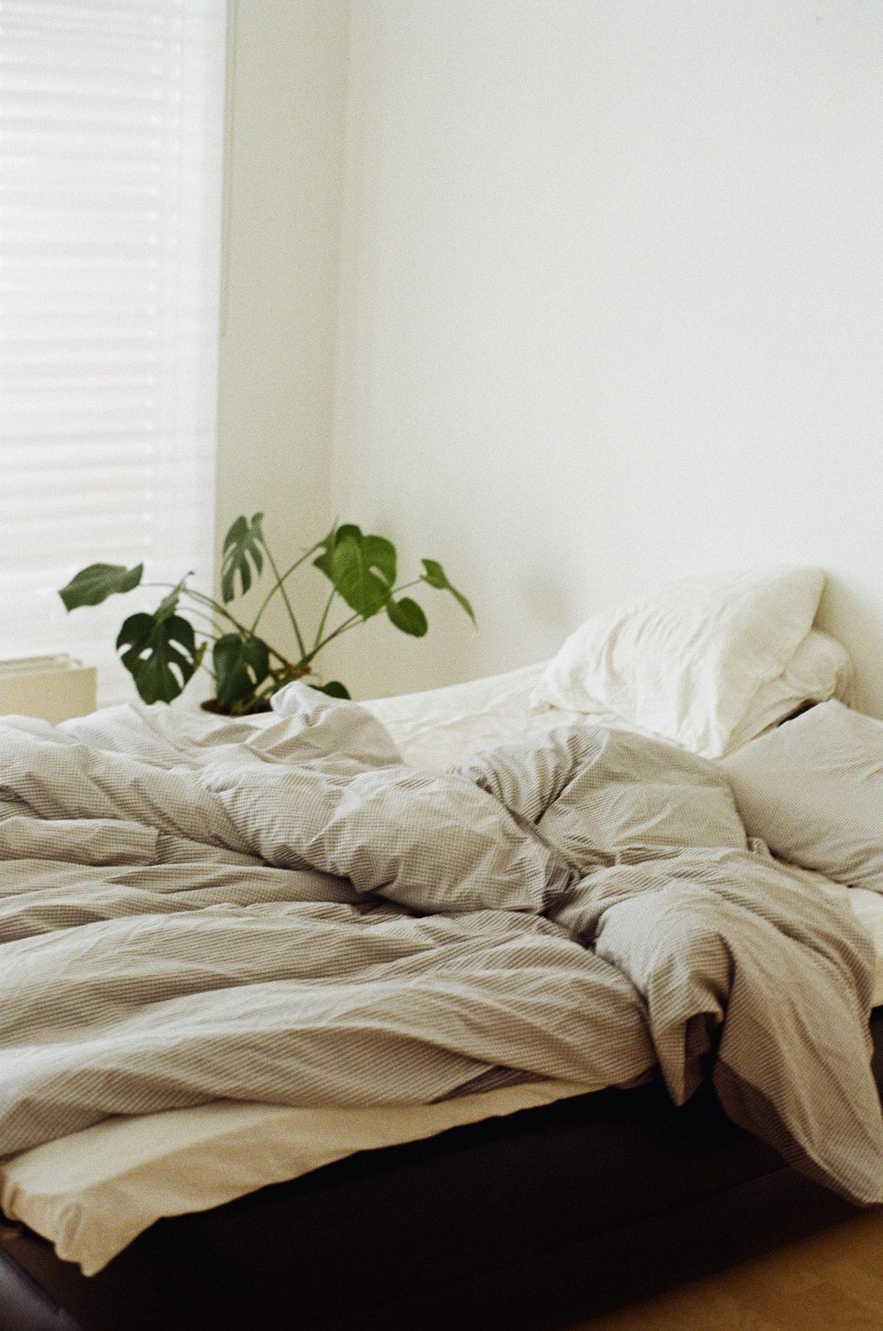 Bettwäsche in Übergröße ist auch dann besonders sinnvoll, wenn man Du dich im Schlaf viel bewegst.