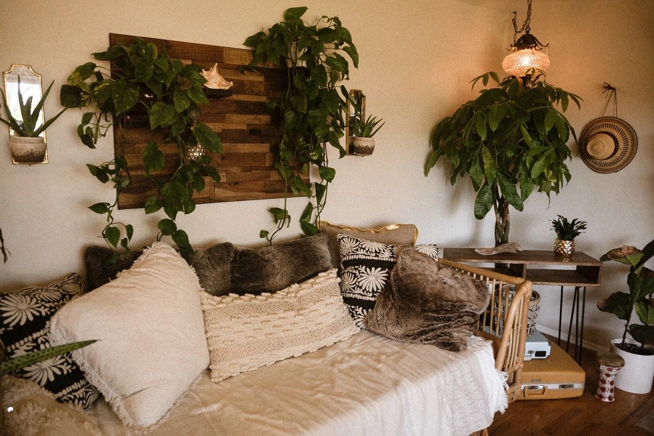 Ein gemütliches Tagesbett ist wie eine kleine Wohlfühloase.