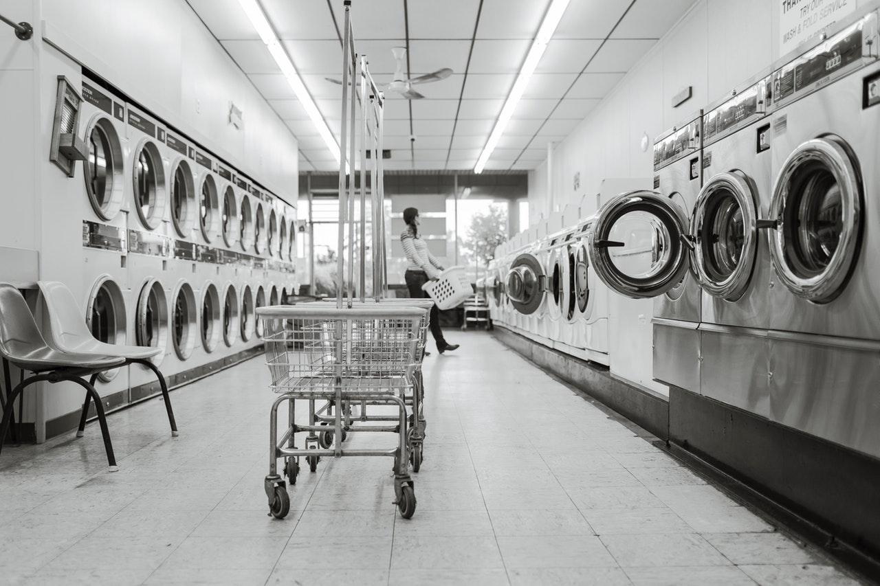Jeder gute Waschsalon verfügt über eine große Auswahl an Ablufttrocknern.