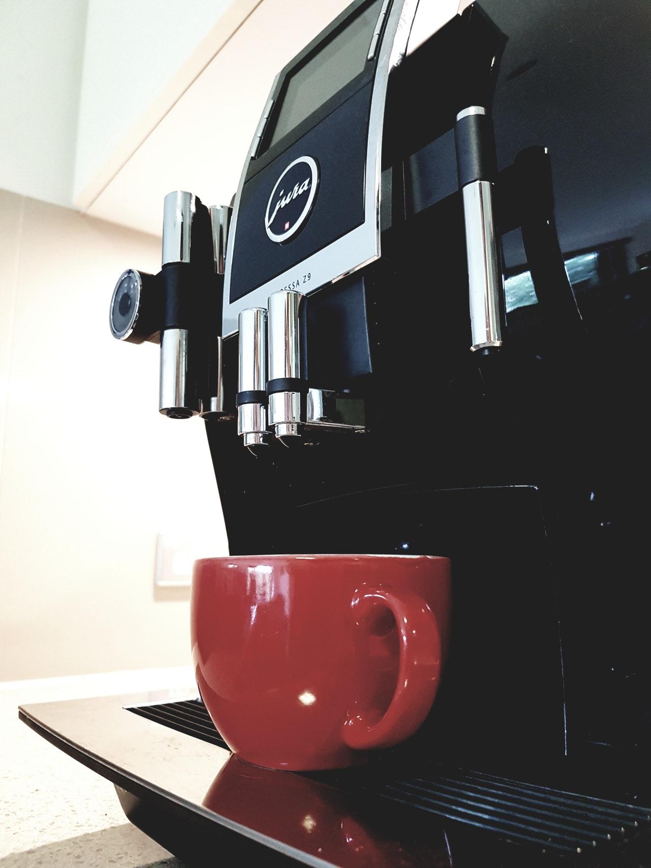 nicht gleich Kaffeemaschine. Es gibt haufenweise unterschiedliche Arten.