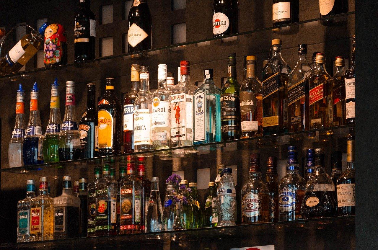 Whisky Steine eignen sich für jeden Whisky und auch für andere Getränke.