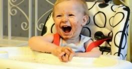 Kinderhochstuhl und Baby Hochstuhl