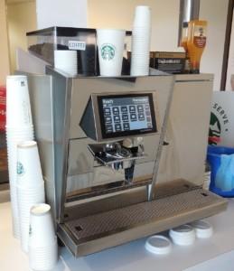 Mit einem Miele Kaffeevollautomat holst Du dir ein Stück Gastronomie in die eigenen vier Wände.