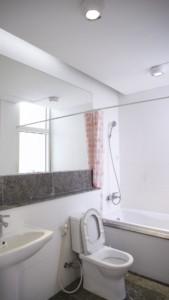 Eine Mini Waschmaschine eignet sich auch gut für kleine Wohnungen mit wenig Platz.