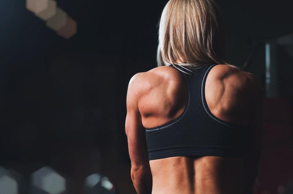 Mit Rückentrainer Muskulatur stärken