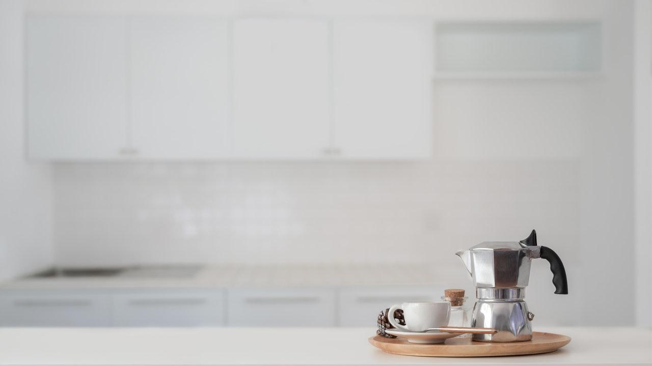 Der Aufbau von Induktion Espressokocher ist sehr einfach. Auch deshalb sind sie so günstig zu haben.