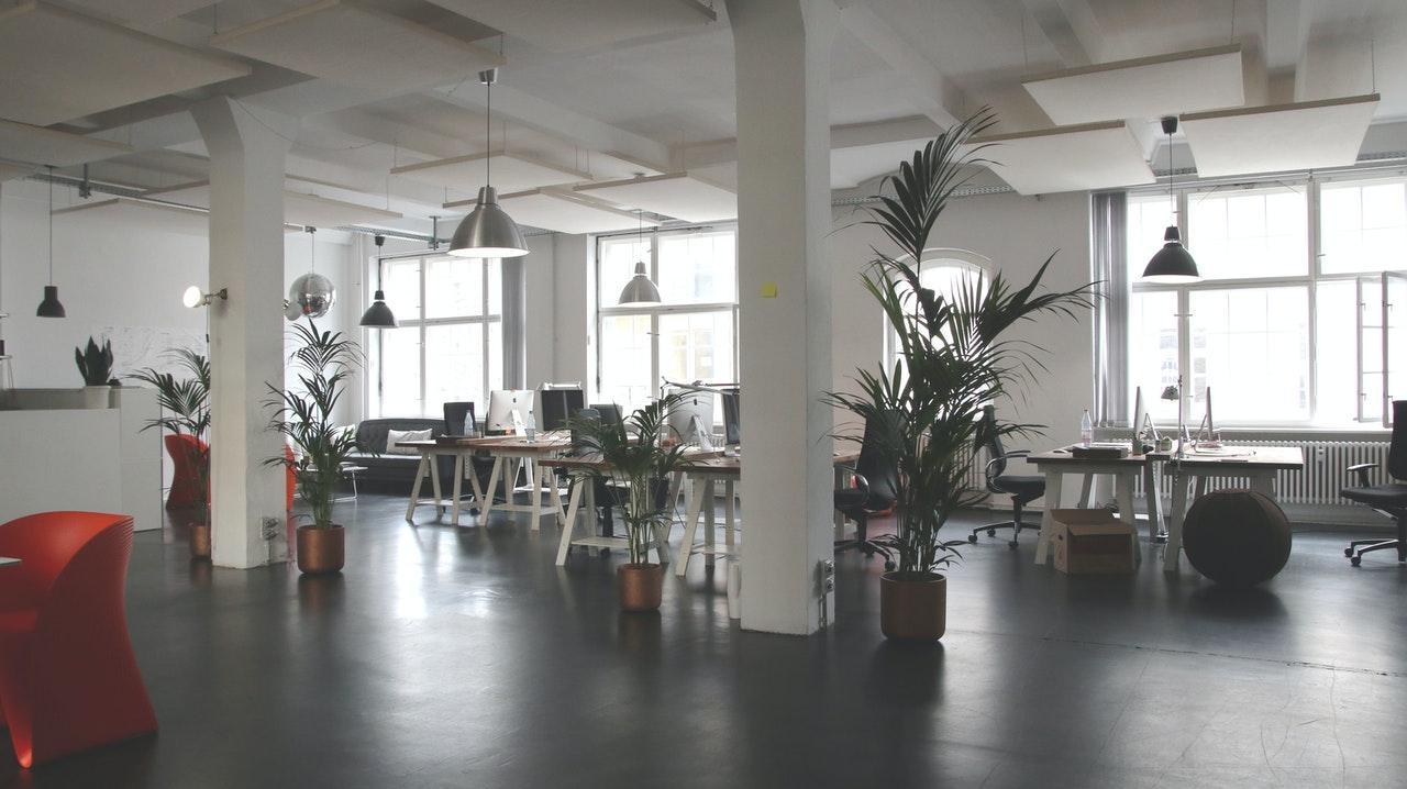 Magnetleisten eignen sich auch perfekt um das Büro ordentlich zu organisieren und Ordnung zu halten.