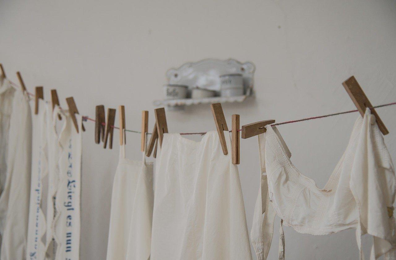 Heutige 7 kg Waschmaschinen liefern alle gute Ergebnisse. Allerdings unterscheiden Sie sich im Funktionsumfang und Bedienbarkeit.