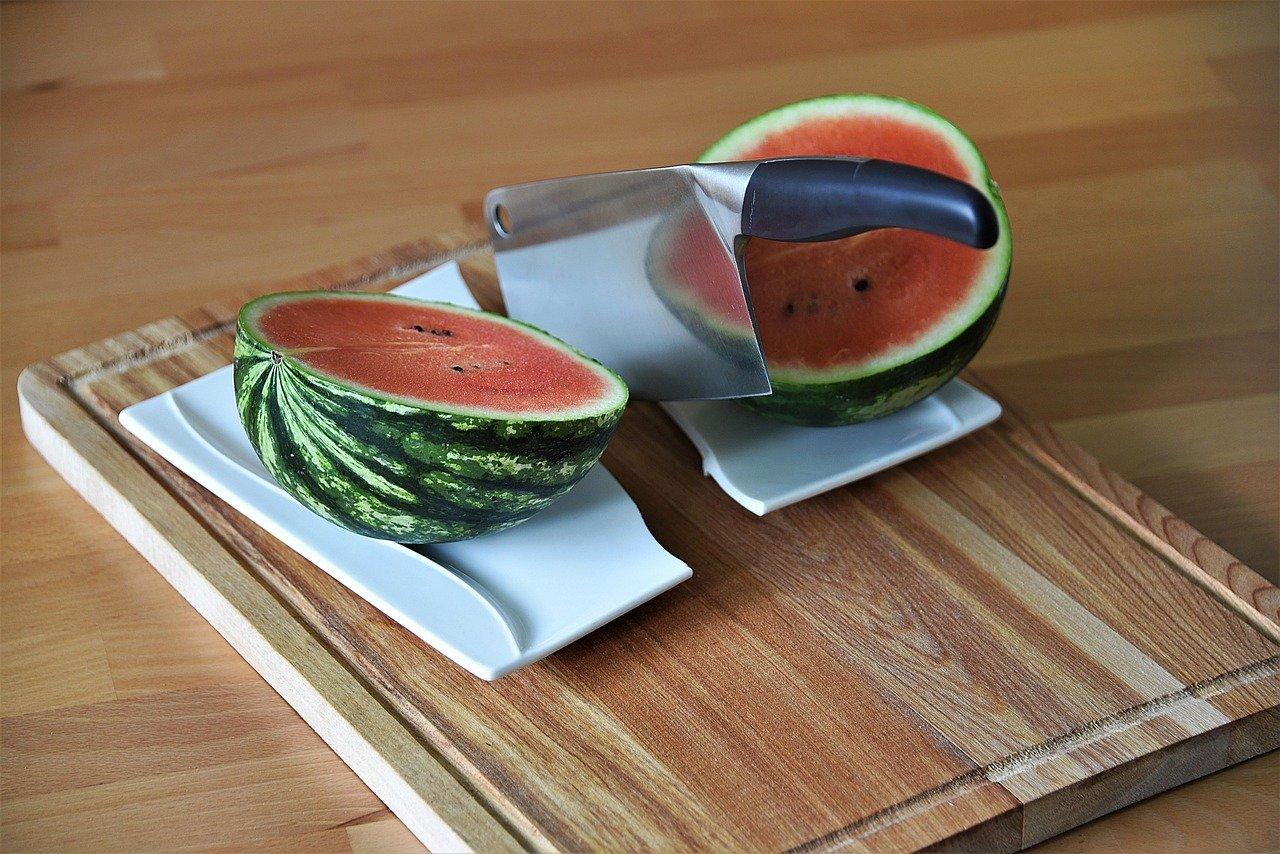 Hackmesser/Küchenmesser gibt es in unterschiedlichen Größen.