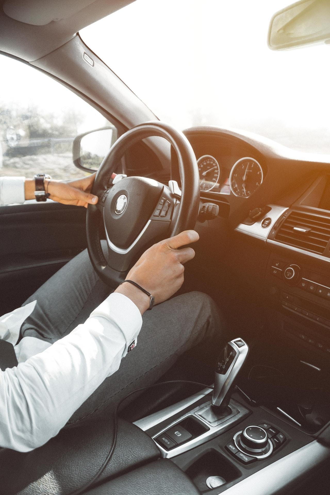 Besonders für Personen die viel unterwegs sind, macht eine Handpresso fürs Auto Sinn.