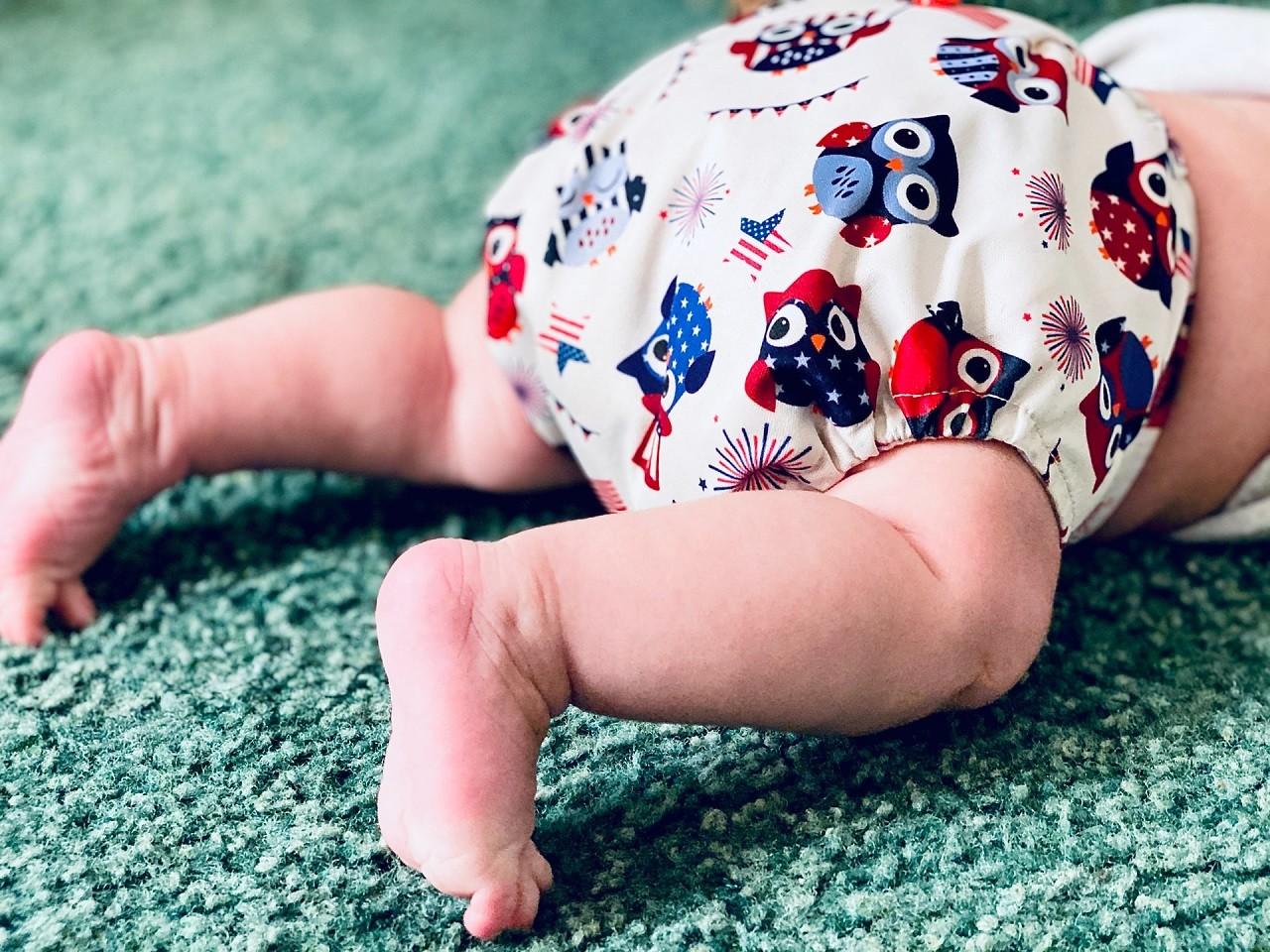 Eine Krabbelrolle soll nicht den Zweck erfüllen das dein Baby Krabbeln oder gar Laufen lernt. Sie dient zur reinen Bespaßung.