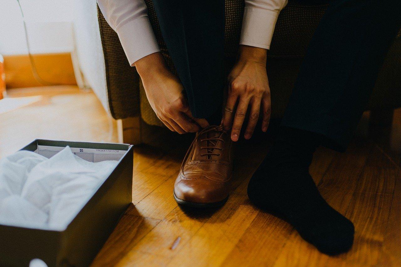 Mit einem guten Schuhlöffel schonst Du auch Deine Schuhe.
