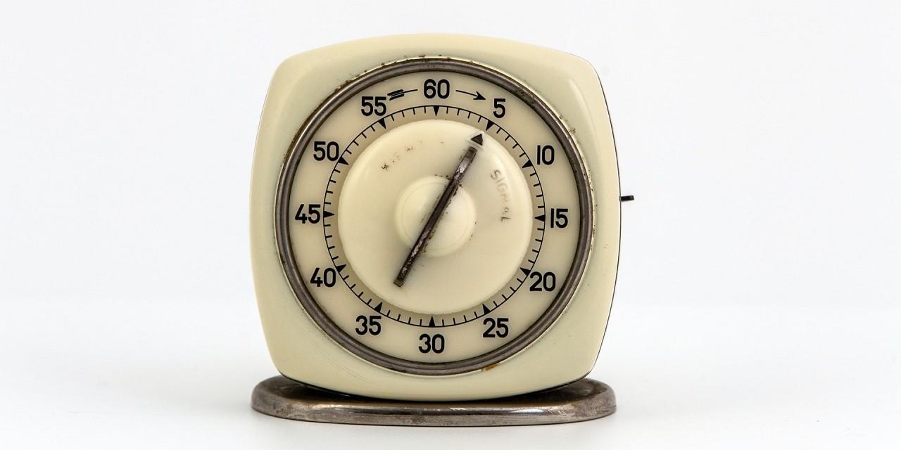 Kurzzeitwecker gibt es bereits seit seit vielen Jahren. Heutzutage sieht man sie aber immer weniger, weil moderne Küchengerät oft bereits Wecker integriert haben.