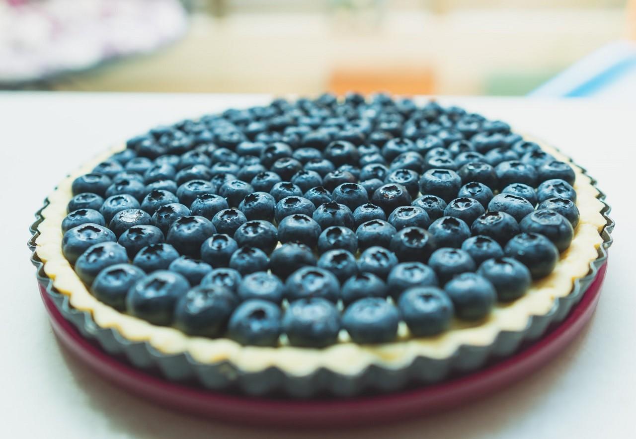 Mit einer eigenen Obstkuchenform kannst Du leckere Obstkuchen ganz nach Deinem Geschmack backen.