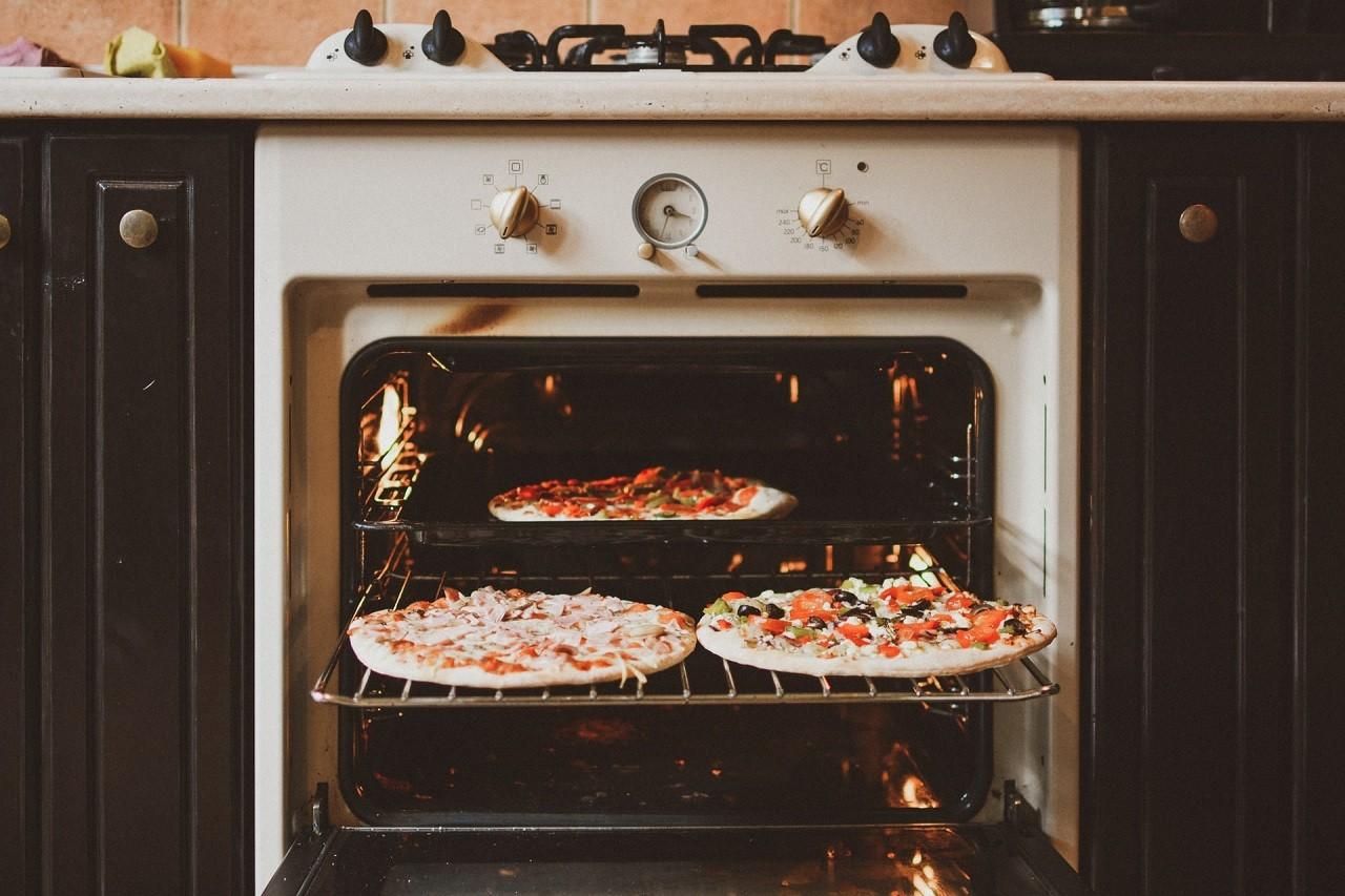 Mit einer Silikon-Backmatte bleibt dein Oven sauber.